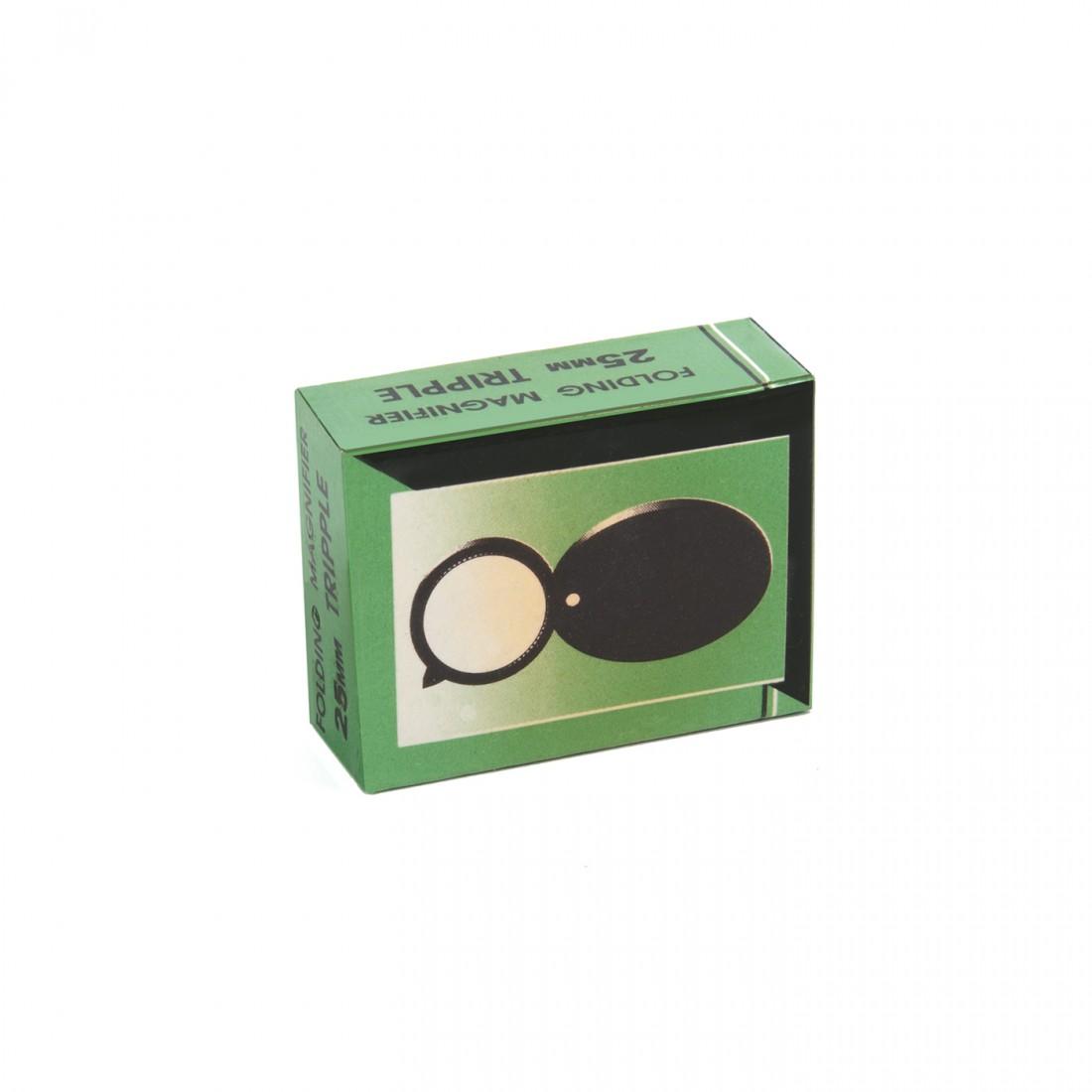 Multi-lens magnifying glass