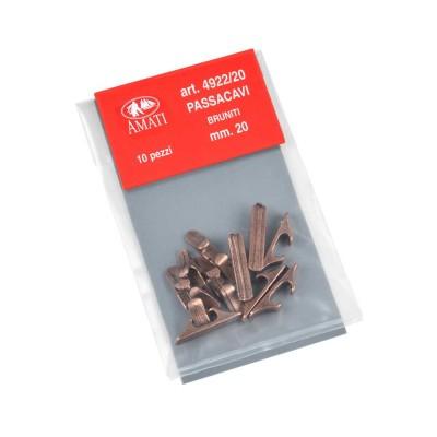 Calzos de metal bruñidos...