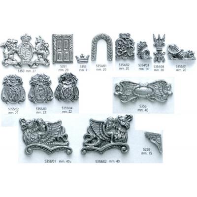 Decorazioni in metallo